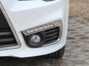 2016款1.8L MT黑白复刻版 雾灯