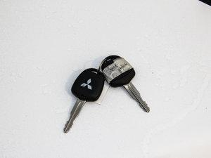 2016款1.8L MT黑白复刻版 钥匙