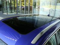 细节外观荣威MARVEL X车顶