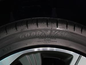 2018款Pro版 轮胎品牌
