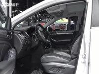 空间座椅荣威RX5新能源前排空间