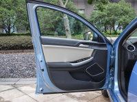空间座椅荣威e550驾驶位车门