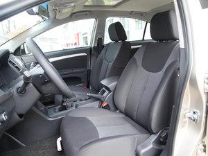 2015款1.5L 手动豪华天窗版 前排座椅
