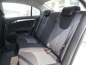 2015款1.5L 手动豪华天窗版 后排座椅