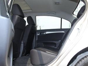 2015款1.5L 手动豪华天窗版 后排空间