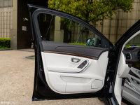 空间座椅荣威e950驾驶位车门