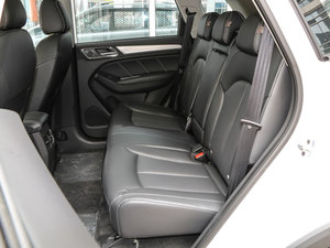 2017款eRX5 50T 互联尊贵版 后排座椅