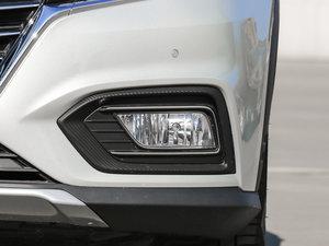 2017款EV400 雾灯