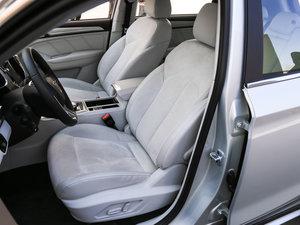 2017款EV400 前排座椅