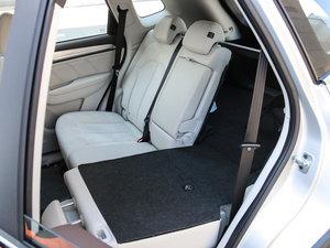 2017款EV400 后排座椅放倒