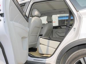 2017款ERX5 EV400 电动互联至尊版 后排座椅放倒