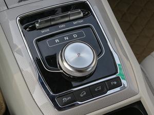 2017款ERX5 EV400 电动互联至尊版 变速挡杆