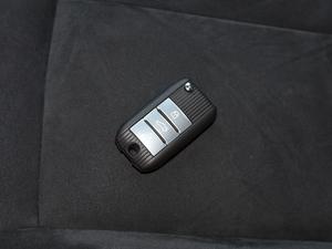2017款ERX5 EV400 电动互联至尊版 钥匙