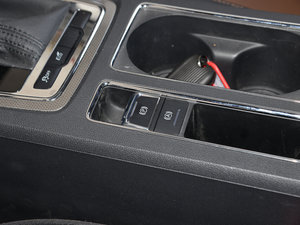 2017款20T 自动互联网智享版 驻车制动器