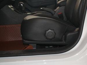 2017款1.5L 自动豪华版 座椅调节