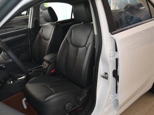 2017款1.5L 自动豪华版 前排座椅