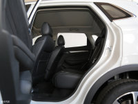 空间座椅荣威RX3后排空间