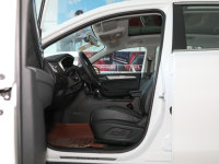 空間座椅榮威RX5前排空間