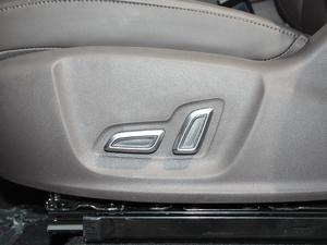 2018款30T 智联网四驱旗舰版 座椅调节