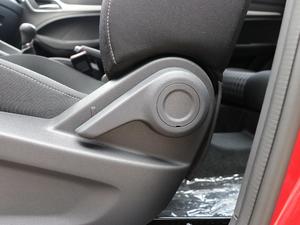 2018款1.5L 手动风尚版 座椅调节