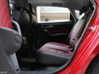 空间座椅名爵6后排空间