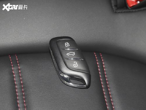 2021款 名爵6 1.5T 自动领潮智装版