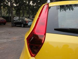 2011款1.5L AMT豪华版 尾灯