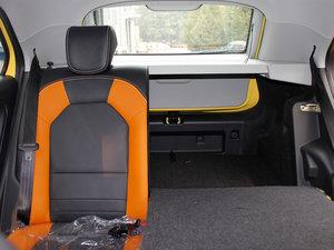 2011款1.5L AMT豪华版 后排座椅放倒