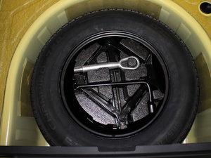 2011款1.5L AMT豪华版 备胎