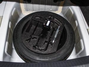 2014款1.8T 90周年赛道冠军版inkaNet精英型 备胎
