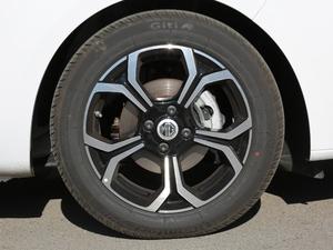 2017款1.5L 自动尊享互联网版 轮胎