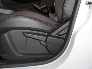 2017款1.5L 自动尊享互联网版 座椅调节