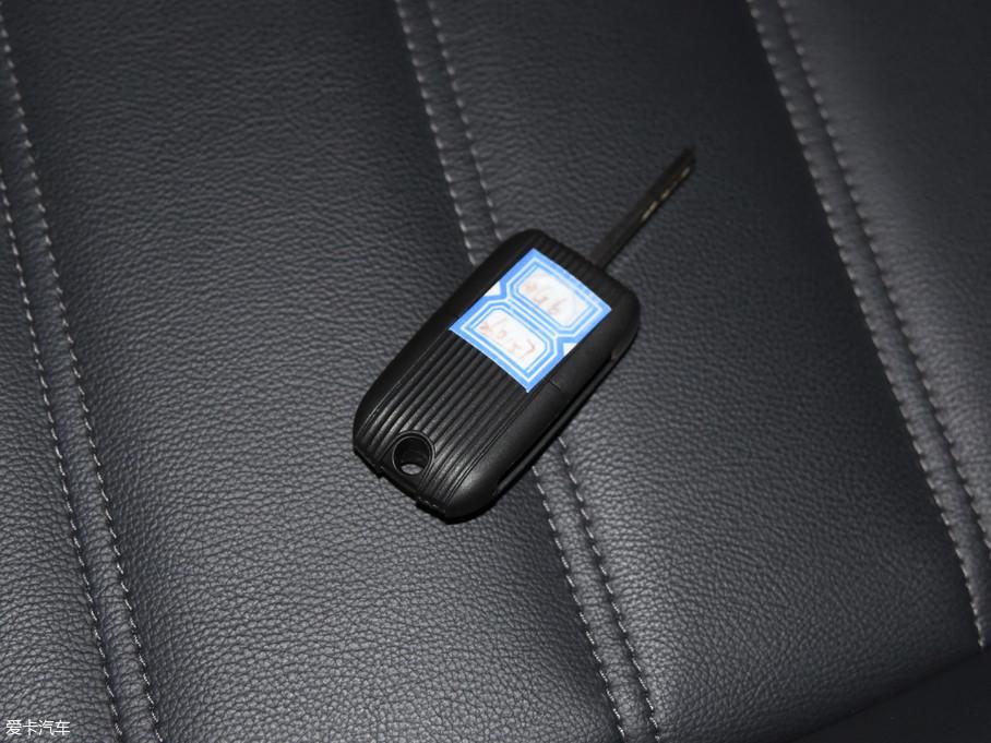 2017款MG620T 自动尊享互联网版