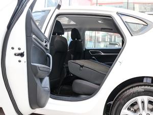 2017款20T 自动精英智联版 后排座椅放倒