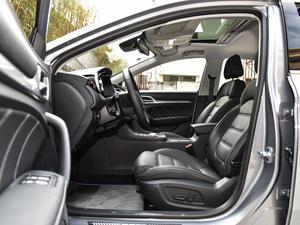 2018款45T E-DRIVE智驱混动 PILOT超级互联网版 前排空间