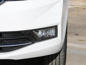 2019款1.5L 自动舒适版 雾灯