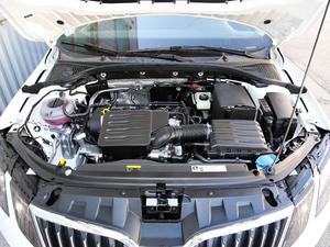2019款1.5L 自动智行舒适版 国VI 发动机