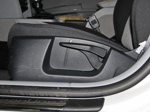 2013款1.4TSI GreenLine2 座椅调节