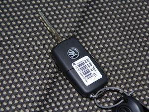 2013款1.6L 钥匙