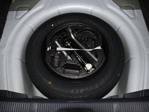 2015款1.6L 自动逸杰版 备胎