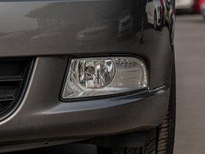 2015款1.6L 手动逸致版 雾灯