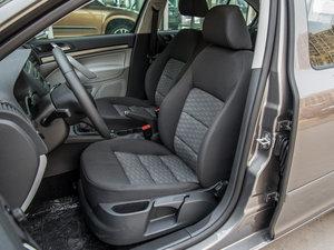 2015款1.6L 手动逸致版 前排座椅