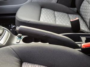 2015款1.6L 自动逸致版 驻车制动器