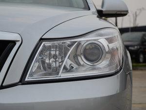 2015款1.6L 手动逸杰版 头灯