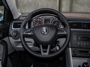 2015款1.6L 自动 优选版 中控区