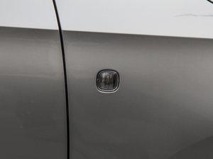 2015款1.6L 自动 优选版 细节外观