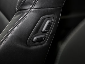 2016款380TSI DSG尊行版 座椅调节