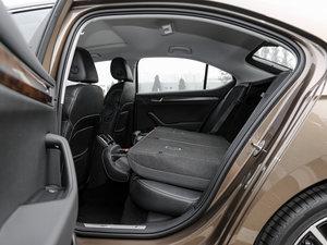2016款380TSI DSG尊行版 后排座椅放倒