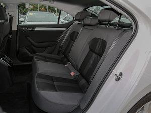 2016款280TSI DSG前行版 后排座椅