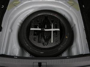 2016款280TSI DSG前行版 备胎